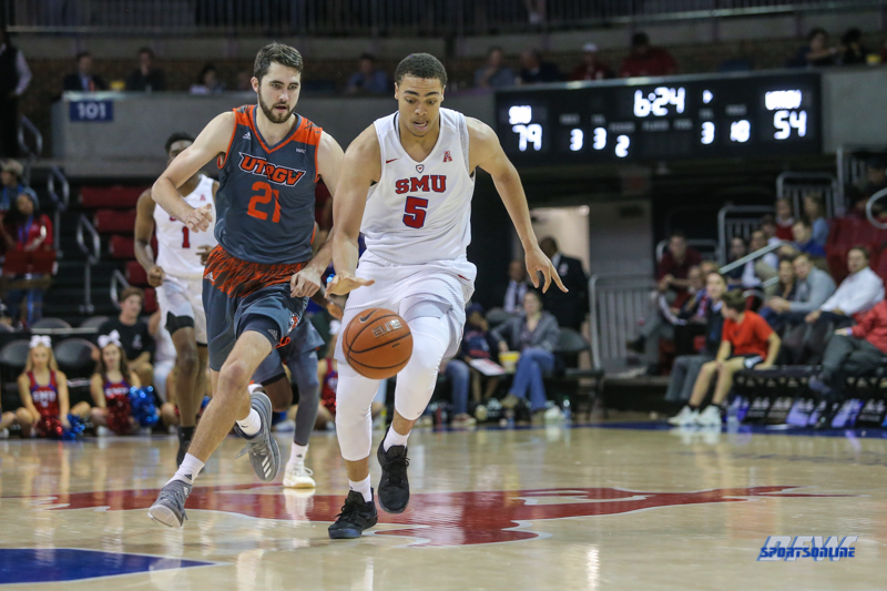 UNIVERSITY PARK, TX - NOVEMBER 28: Southern Methodist Mustangs forward Ethan Chargois (5) brings the ball up court during the game between SMU and UT Rio Grande Valley on November 28, 2017 at Moody Coliseum in Dallas, TX. (Photo by George Walker/Icon Sportswire)