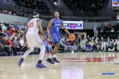UNIVERSITY PARK, TX - DECEMBER 13: New Orleans Privateers guard Damion Rosser (1) sets the play during the game between SMU and New Orleans on December 13, 2017 at Moody Coliseum in Dallas, TX. (Photo by George Walker/Icon Sportswire)