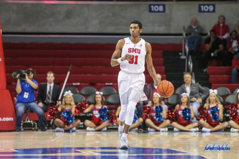 UNIVERSITY PARK, TX - DECEMBER 19: Southern Methodist Mustangs guard Jimmy Whitt (31) brings the ball up court during the game between SMU and Cal Poly on December 19, 2017, at Moody Coliseum in Dallas, TX. (Photo by George Walker/Icon Sportswire)