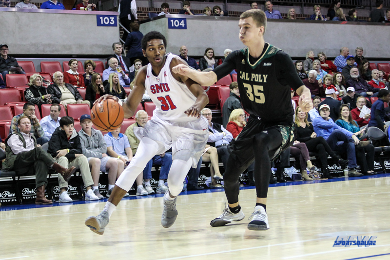UNIVERSITY PARK, TX - DECEMBER 19: Southern Methodist Mustangs guard Jimmy Whitt (31) drives to the basket during the game between SMU and Cal Poly on December 19, 2017, at Moody Coliseum in Dallas, TX. (Photo by George Walker/Icon Sportswire)