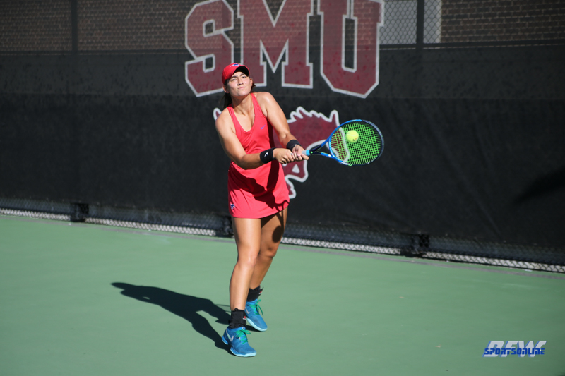DALLAS, TX - OCTOBER 5: SMU Invitational on October 5, 2018, at the SMU Tennis Complex, Turpin Stadium & Brookshire Family Pavilion in Dallas, TX. (Photo by George Walker/DFWsportsonline)