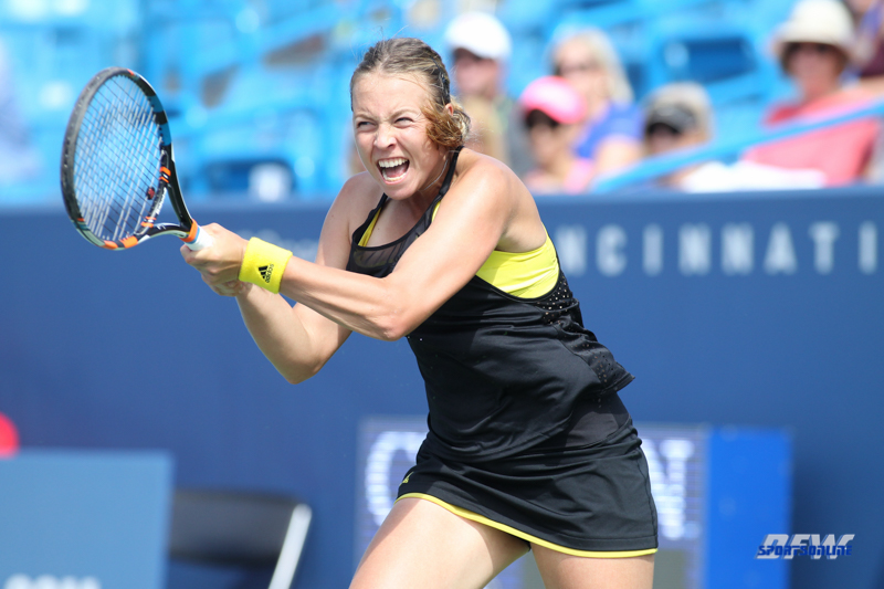 CINCINNATI, OH - AUGUST 14: Anett Kontaveit (EST) hits a backhand during the Western & Southern Open at the Lindner Family Tennis Center in Mason, Ohio on August 14, 2017. (Photo by George Walker/Icon Sportswire)