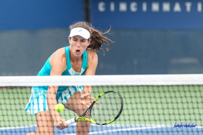 CINCINNATI, OH - AUGUST 14: Johanna Konta (GBR) hits a volley during the Western & Southern Open at the Lindner Family Tennis Center in Mason, Ohio on August 14, 2017. (Photo by George Walker/Icon Sportswire)
