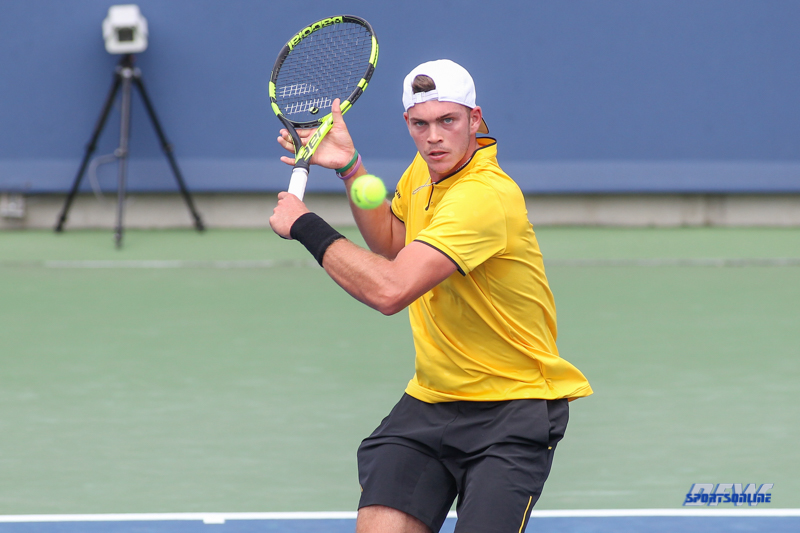 CINCINNATI, OH - AUGUST 14: Maximilian Marterer (GER) hits a backhand during the Western & Southern Open at the Lindner Family Tennis Center in Mason, Ohio on August 14, 2017. (Photo by George Walker/Icon Sportswire)