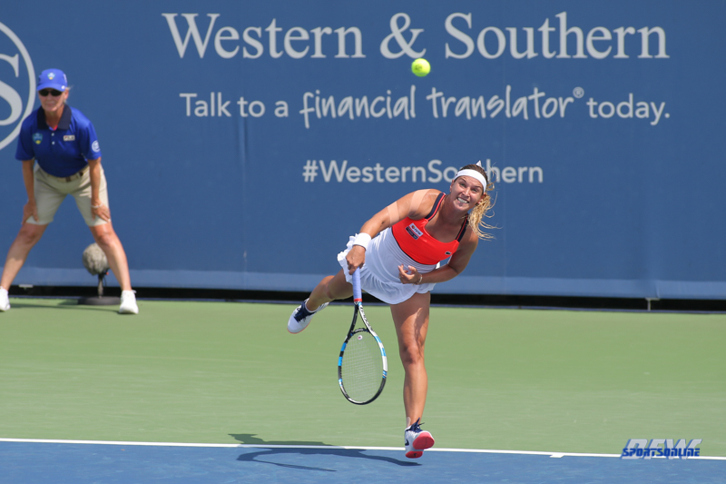 CINCINNATI, OH - AUGUST 15: Dominika Cibulkova (SVK) serves during the Western & Southern Open at the Lindner Family Tennis Center in Mason, Ohio on August 14, 2017. (Photo by George Walker/Icon Sportswire)