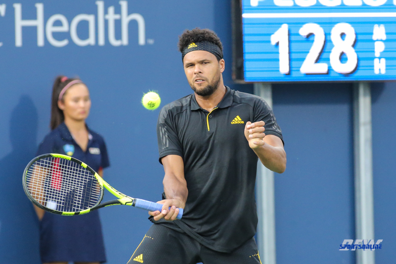 CINCINNATI, OH - AUGUST 15: Jo-Wilfried Tsonga (FRA) returns a serve during the Western & Southern Open at the Lindner Family Tennis Center in Mason, Ohio on August 15, 2017. (Photo by George Walker/Icon Sportswire)