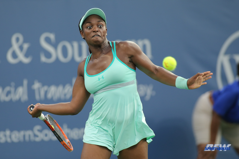 CINCINNATI, OH - AUGUST 15: Sloane Stephens (USA) hits a forehand during the Western & Southern Open at the Lindner Family Tennis Center in Mason, Ohio on August 15, 2017. (Photo by George Walker/Icon Sportswire)