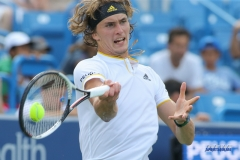 CINCINNATI, OH - AUGUST 16: Alexander Zverev (GER) hits a forehand during the Western & Southern Open at the Lindner Family Tennis Center in Mason, Ohio on August 16, 2017.(Photo by George Walker/Icon Sportswire)