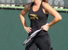 Jelena Jankovic in happier times. File photo by George Walker.
